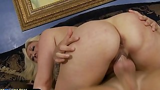 amateur big-tits blonde cougar fuck gorgeous horny mammy mature